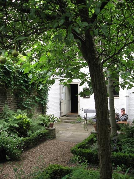 carlyle-garden