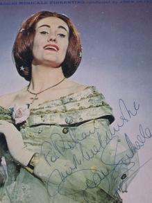 Joan-Sutherland-005