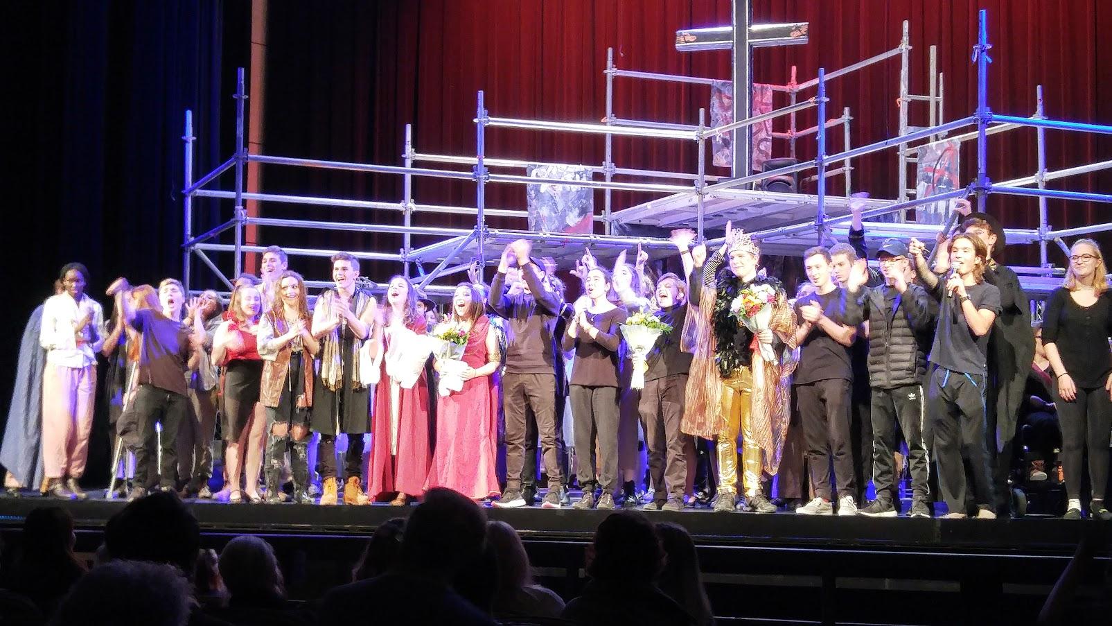 Jesus-Cast-Crew